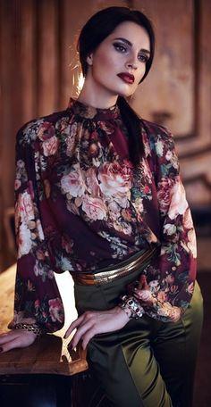 Floral Fashion, Look Fashion, Hijab Fashion, Fashion Beauty, Girl Fashion, Fashion Dresses, Womens Fashion, Fashion Design, Blouse Styles