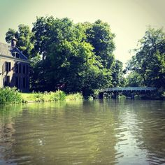 Canoeing in Utrecht, the Netherlands. So quiet and peaceful. Feels like a different world.