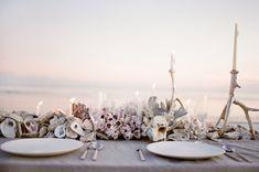 Southern wedding inspiration! www.acoastalbride.com  Coastal Creative Savannah Weddings http://www.creativesavannahweddings.com