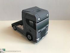 New Model Car, New R, Paper Models, Cartoons, Paper Crafts, Trucks, Toys, Model Building, House Template