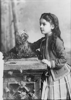 1888 ~ daughter of Alexander Graham Bell