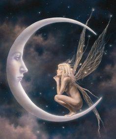 La luna me escucha mas que tu estando tan cerca
