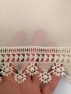 Sadıkin iğne oyası Needle Lace, Bobbin Lace, Needle And Thread, Yarn Crafts, Diy And Crafts, Beauty Hacks That Work, Crochet Hammock, Knitting Patterns, Crochet Patterns