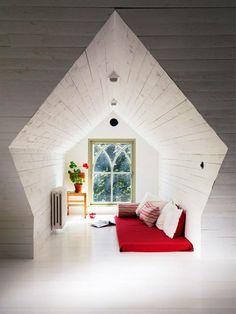 Amazing Attic storage joists,Attic bedroom furniture and Small attic renovation ideas. Attic Renovation, Attic Remodel, Attic Rooms, Attic Apartment, Attic Bathroom, Attic Playroom, Cozy Nook, Cosy, Design Case