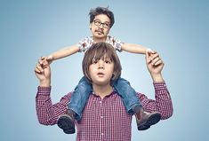 Kids Swapping Bodies With Their Parents - Photo Manipulation by Paul Ripke Really Funny Pictures, Funny Photos, Cool Photos, Funny Images, Creative Pictures, Colorful Pictures, Photo Swap, Surreal Photos, Face Swaps