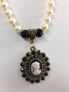 Classic pearl necklace with Free Shipping...... by EssenceOfArtBoutique on Etsy