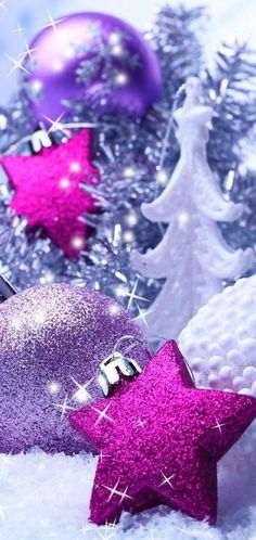 Christmas And New Year, All Things Christmas, Christmas Holidays, Christmas Bulbs, Merry Christmas, Cute Christmas Wallpaper, Holiday Wallpaper, Winter Wallpaper, Purple Christmas Decorations