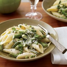 For a simple spring dish, chef Cindy Pawlcyn folds penne with asparagus and sweet English peas, then adds a little cream for richness.  Plus: F&...