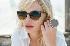want these sunglasses!!