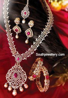 Glowing diamond longchain with rubies - Latest Jewellery Designs Indian Jewelry Sets, Indian Wedding Jewelry, Bridal Jewelry, India Jewelry, Temple Jewellery, Diamond Necklace Set, Diamond Pendant, Diamond Jewelry, Ruby Necklace