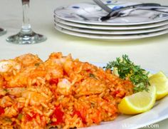 Flounder with Brown Rice, Tomatoes & Fresh Thyme is a complete meal that will fill you up and keep you satisfied for hours. Fish Recipes, Seafood Recipes, Dinner Recipes, Cooking Recipes, Healthy Recipes, Healthy Menu, Halibut Recipes, Skinny Recipes, Stuffed Peppers
