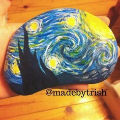 We love this Van Gogh starry night stone by @madebytrish from Canada…