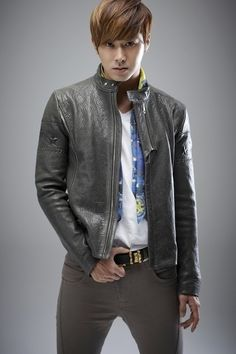 Yunho ♡ DBSK / TVQX...grey leather jacket