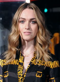 Trans women are women! I am NOT a trans woman, I am just a CIS GUY. Jamie Clayton, Transgender Model, Transgender Girls, Holly Woodlawn, Romy And Michelle, Laverne Cox, Netflix, Becoming An Actress, Fashion Couple
