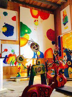 Feux d'artifices peinture acrylique au musée d'Anne Poiré et de Patrick Guallino.