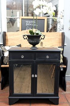 Antiquechic - Page 2 of 70 - recycling and reinventing furniture Cupboard, Cabinet, Crystal Knobs, Mirror Door, Painted Doors, Diy Door, Rustic Decor, Painted Furniture, Buffet