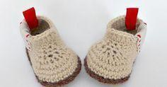 Botas para bebé tejidas a crochet