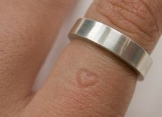 This Ring Leaves A Heart Imprint On Your Finger