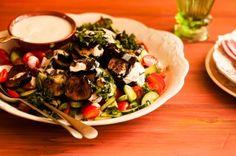 Salada de berinjela com molho de iogurte | Panelinha - Receitas que funcionam