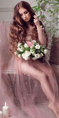 GIF найдено пользователем Iriska. Находите (и сохраняйте!) свои собственные изображения и видео в We Heart It Beautiful Rose Flowers, Beautiful Gif, Amazing Flowers, Beautiful Pictures, Lovely Girl Image, Girls Image, Queen Of Dragons, Pretty Woman, Beauty Women