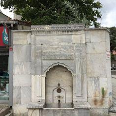 İstanbul'un akmayan çeşmeleri, İstanbul'un kuru çeşmeleri - kuzubudu.com Stone Fountains, Islamic Art, Art And Architecture, Istanbul, Ottoman