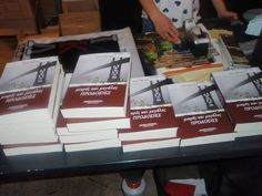 Authors, Book Art, Interview, Profile, Friends, Books, Recipes, User Profile, Amigos