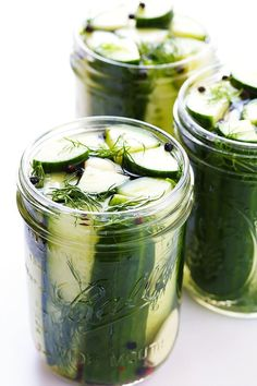 Easy Refrigerator Pickles - Refrigerator - Trending Refrigerator for sales. - This easy refrigerator pickles recipe only takes a few minutes to prep and they taste so fresh and crispy and delicious! Homemade Pickles, Pickles Recipe, Easy Dill Pickle Recipe, Refrigerator Pickle Recipes, Refridgerator Pickles Dill, Homemade Refrigerator Pickles, Gimme Some Oven, Fermented Foods, Canning Recipes