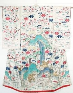 dramatic taisho periord kimono carp blossoms