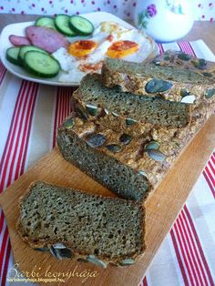 Paleo Bread to try Paleo Bread, Atkins, Banana Bread, Keto, Health Foods, Healthy Foods, Clean Eating Foods, Healthy Meals, Good Food