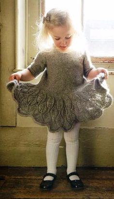 Как хорошо уметь вязать: платье для девочки.......https://vk.com/club101544...