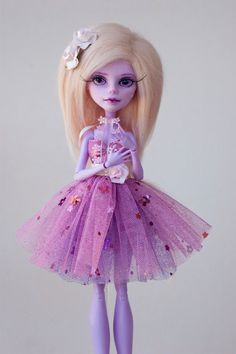 Rose  OOAK Monster hohe Operette Repaint von ColourToTheBone