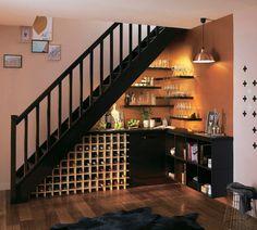 Et pourquoi pas un bureau sous l\'escalier ? … | Pinteres…