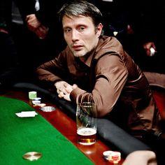 Mads #poker #facebook http://www.cartelpoker.com/freechips/