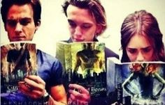 You have Kevin and Lilly looking like they're pretending to read then you have Jamie who looks like he is actually reading a really good part