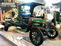 Mack Model Junior Flatbed 2 Ton, voiture utilitaire de 1911, voitures anciennes de collection, v2. Peterbilt, Diesel, Mack Trucks, Junior, Antique Cars, Engine, Collector Cars, Vintage Cars, Truck