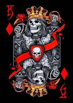 Skulls n Skeletons Evil Skull Tattoo, Skull Tattoos, Tattoo Drawings, Art Drawings, Playing Cards Art, King Tattoos, Arte Obscura, Skull Artwork, Skull Wallpaper