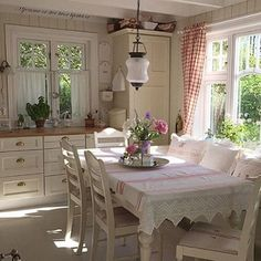 shabby chic kitchen designs – Shabby Chic Home Interiors Shabby Chic Kitchen Table, Kitchen Decor, Cottage Kitchens, Chic Bathrooms, Cottage Interiors, Cottage Living, Home And Deco, Shabby Chic Furniture, Style At Home
