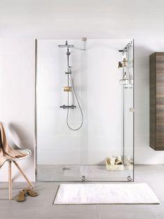 Modèles de douche à l'italienne : Avec porte coulissante en verre transparent, Cédéo.