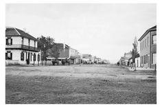 GOULBURN-nsw-Auburn-Street-circa-1870-75-modern-digital-photo-Postcard