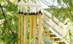 Invista em artesanato decorativo de bambu para trazer mais charme para o seu lar. Esta peça rústica