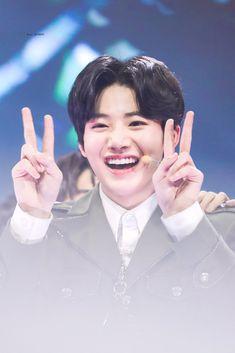 Yg Trainee, Baby Koala, Baby Boy, Cute Wallpaper Backgrounds, Wallpapers, Treasure Boxes, Yg Entertainment, K Idols, South Korean Boy Band