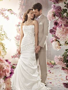 Alfred Angelo- 2013 Bridal Collection: style 2362