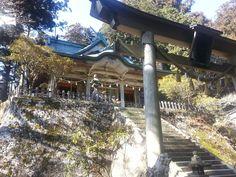 強力なパワースポットとされる世界遺産の一角にある奈良県の玉置神社。その究極のパワースポットへは、古くから「神様に呼ばれなければ」たどり着けないとも言われるそう。