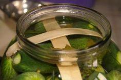 okurky zajistíme špátlemi Pickles, Cucumber, Food, Eten, Pickle, Pickling, Cauliflower, Meals, Zucchini