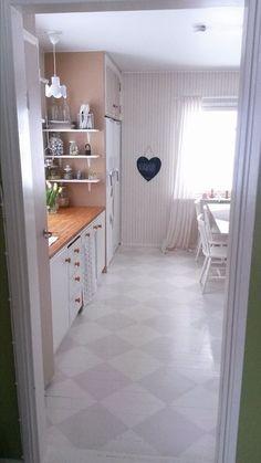 Rintamamiestalon kunnostettu keittiö