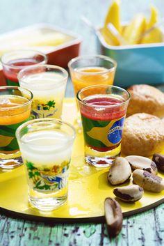 La batida est une spécialité brésilienne mélangeant de la cachaça (alcool de canne à sucre), des jus de fruits et du lait. Ne vous fiez pas à sa texture veloutée, elle est bien alcoolisée ! La recette la plus traditionnelle est celle de la batida de limão, au citron vert, dont on dit qu'elle est à l'origine de la caïpirinha.
