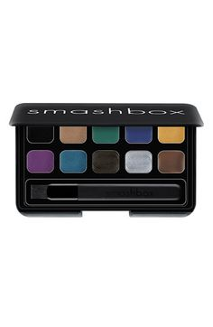 Smashbox - Cream Eye Palette - Metallic Proof $32.00 ..Another product I want to try,