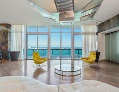 The Jade at Brickell offers 338 luxury residences and advanced technology. Units from $384k