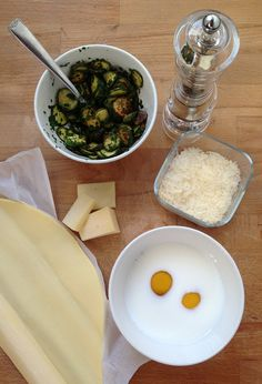 The ingredients for the zucchini pie