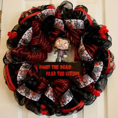 The Walking Dead Deco Mesh Wreath